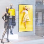 Ecran vitrine HYUNDAI 65pouces – Lecteur Média - Ecran vitrine haute luminosité magasin